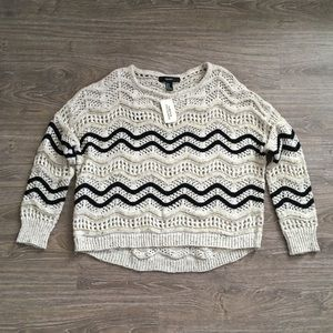 NWT Black and Gold Knit Pullover Sweater
